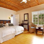 Giraffe-Room-Lodge-(3)